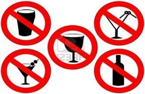 GEEN GLAS EN ALCOHOL HOUDENDE CONSUMPTIES BUITEN DE OMHEINING !!!